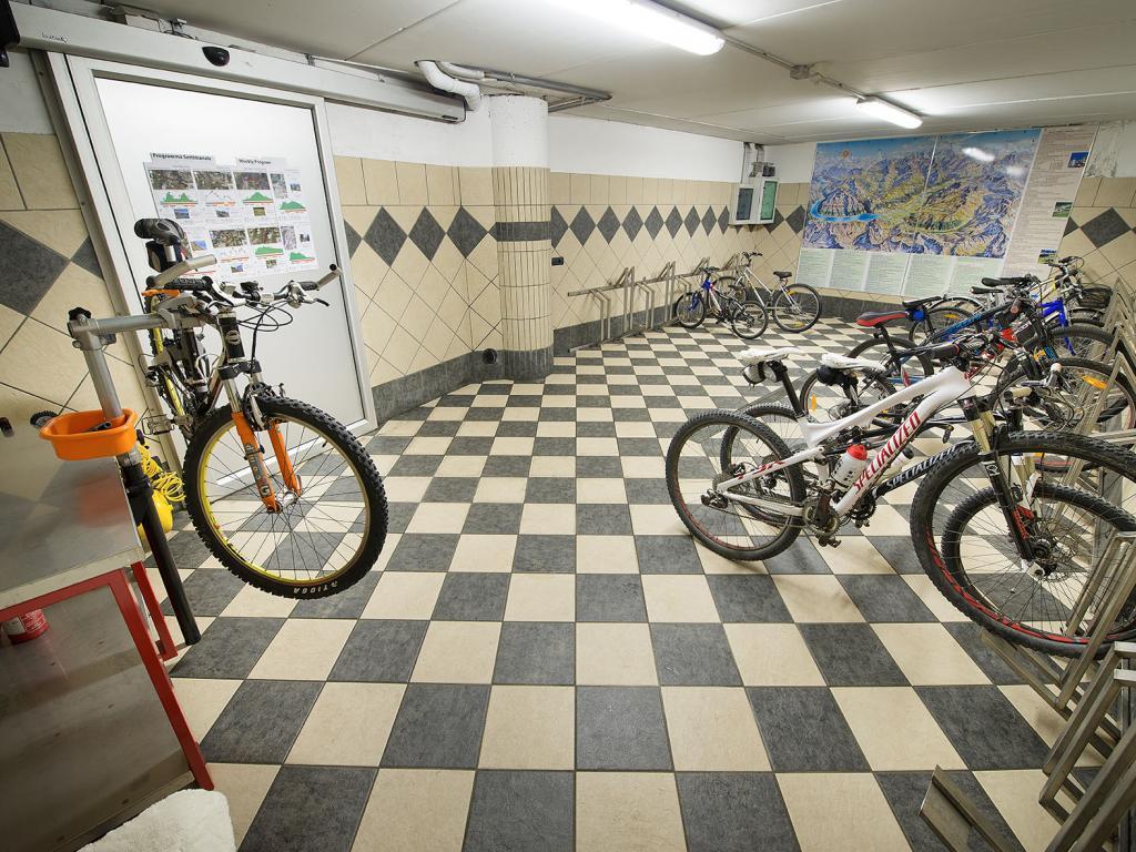 Deposito Bike presso Baita Montana Spa & Resort a Livigno